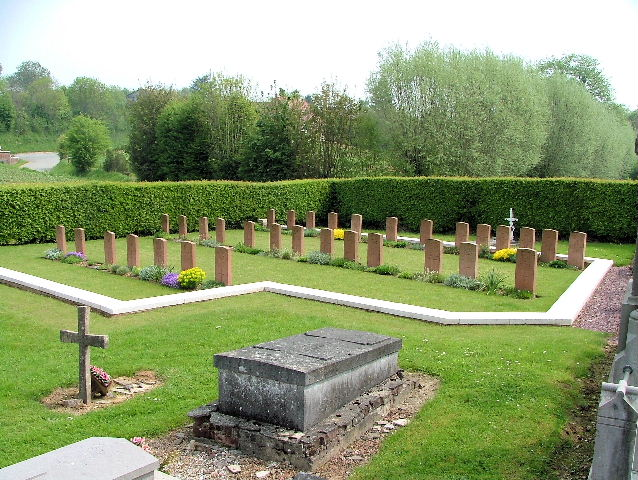 BAILLEUL COMMUNAL CEMETERY, NORD