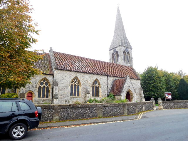 BENGEO (HOLY TRINITY) CHURCHYARD
