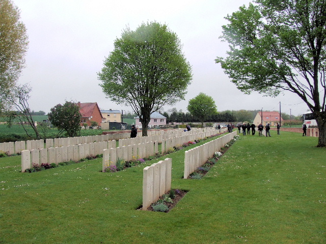 DARTMOOR CEMETERY, BECORDEL-BECOURT