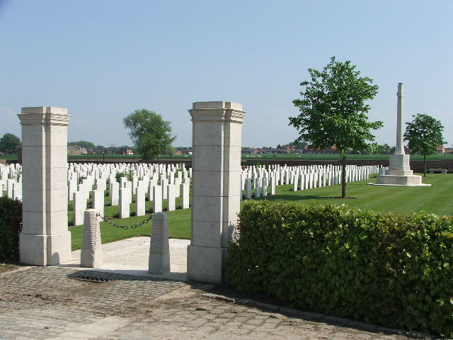 THE HUTS CEMETERY