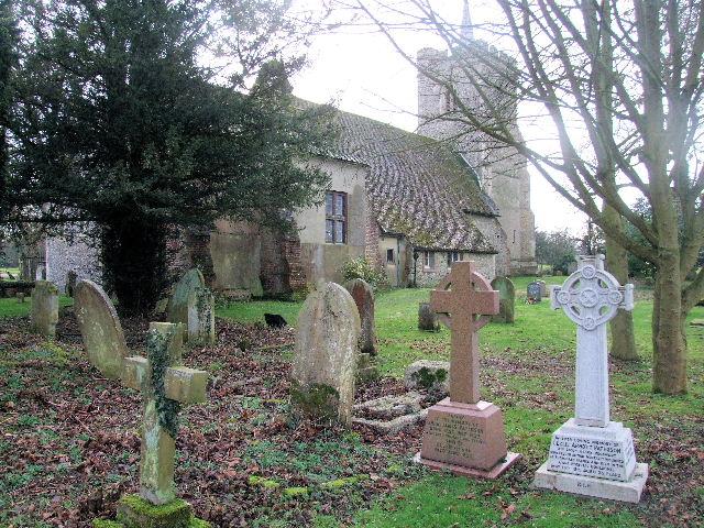 KNEBWORTH (ST. MARY) CHURCHYARD