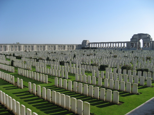 POZIERES BRITISH CEMETERY, OVILLERS-LA BOISSELLE
