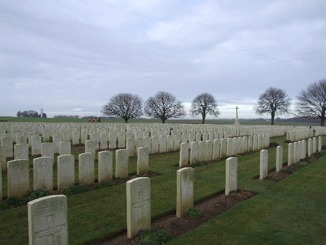 ROCQUIGNY-EQUANCOURT ROAD BRITISH CEMETERY, MANANCOURT